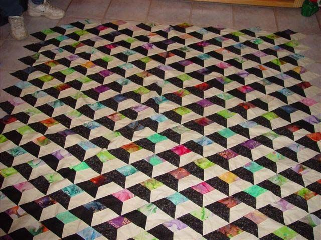 Amazing Attic Windows Quilt by Linda Morrow